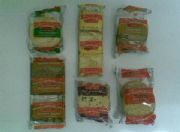 C R Mini Pack Biscuits 100